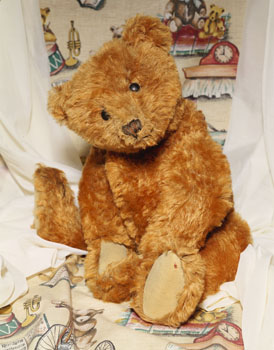 Cinnamon Steiff Teddy Bear, c. 1905
