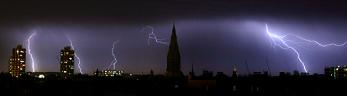 Lightning strikes Church, London