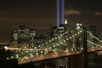 Brooklyn Bridge - The Tribute in Light