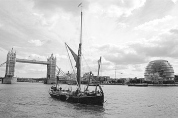 Thames Barge, Pool of London