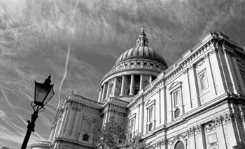 St Paul's Cathedral and Lamp Post