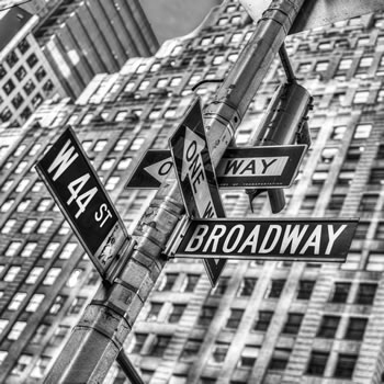 b/w W44th and Broadway
