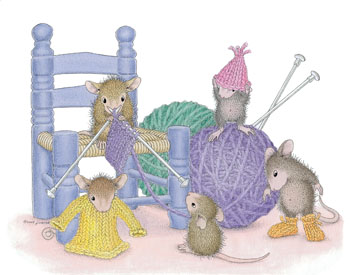 Mice knitting